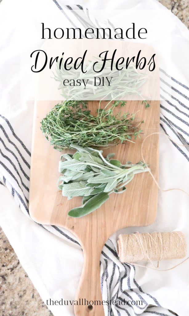 Homemade Dried Herbs Simple, natural DIY   Homemade dried herbs is so easy!   #driedherbs #herbs #farmhouse #kitchen #spring #diy #simple #cheap #howtodryherbs #withoutadehydrator #nodehydrator