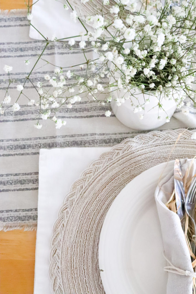 Spring tablescape ideas inspiration farmhouse simple table setting spring brunch ideas neutral colors shades of white