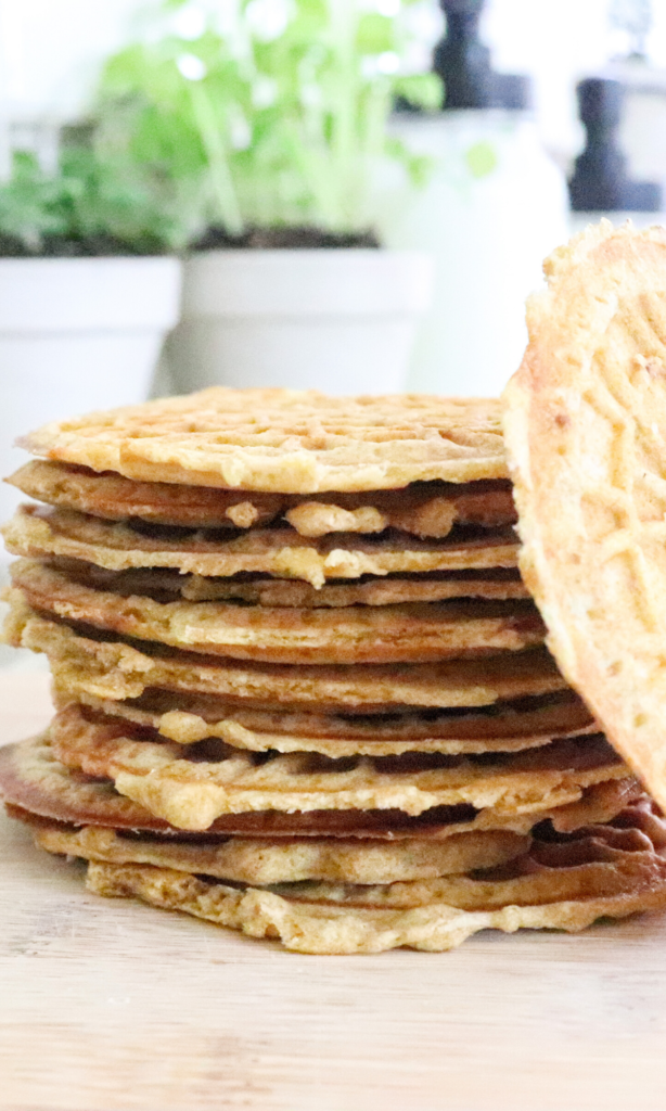These sourdough pizzelles are the perfect gut-healthy treat, or lather them with peanut butter for lunch. So many options! With no added artificial sugar, these pizzelles are a great snack for kids too.