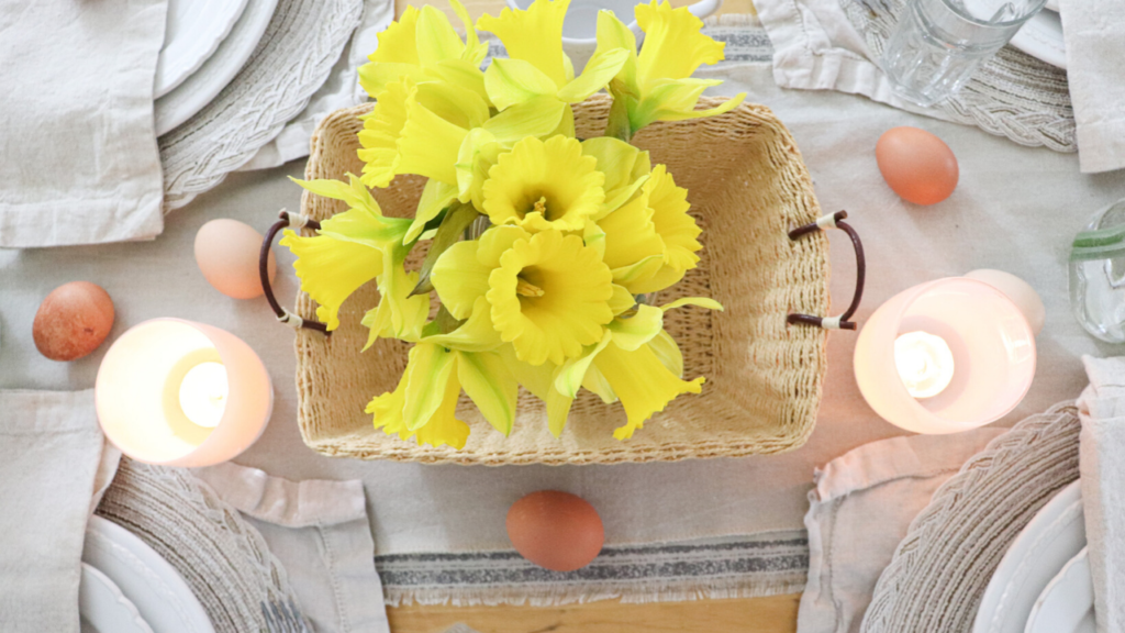 Simple tablescape for Easter