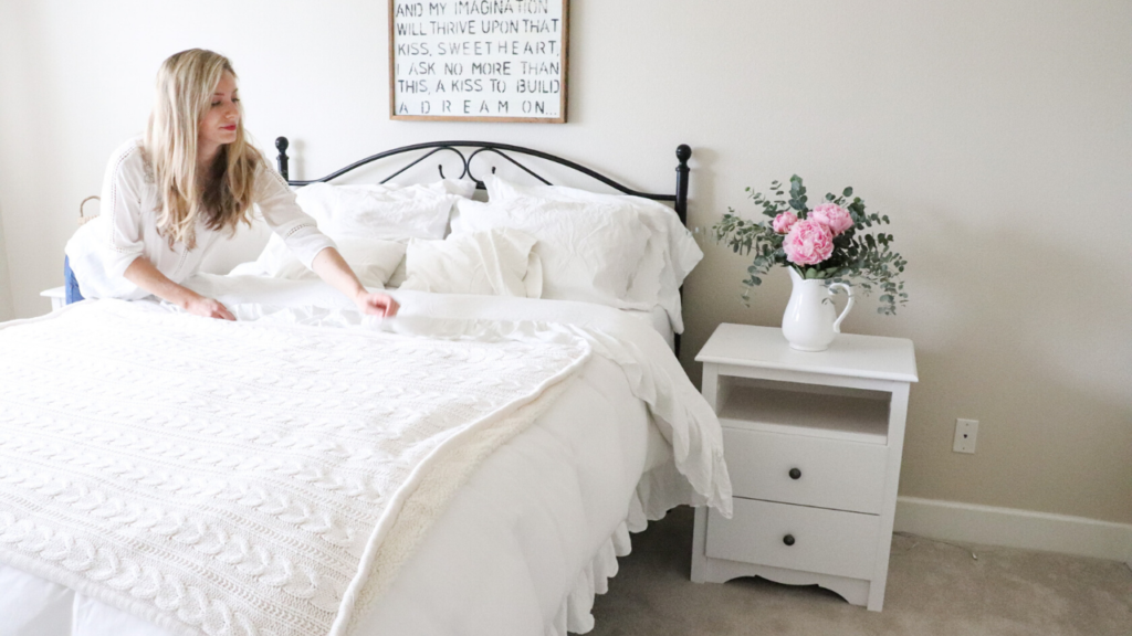 How to install a headboard into an existing bed frame   #farmhouse #decor #headboard #bedframe