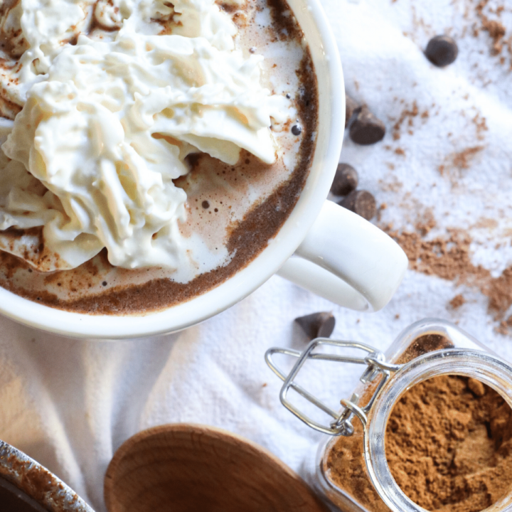 gingerbread hot cocoa healthy homemade hot chocolate with essential oils christmas hot cocoa recipe