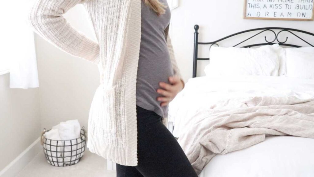 Today I am sharing my experience with my healthy first trimester of pregnancy. It's our first baby and my goal is a happy healthy baby.  #pregnancy #healthy #firsttrimester #baby #maternal #prenatal #pregnant #healthypregnancy #healthybaby #naturalpregnancy #naturalbaby #mom #baby #maternity
